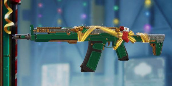AK117 Skin: Holidays in Call of Duty Mobile.