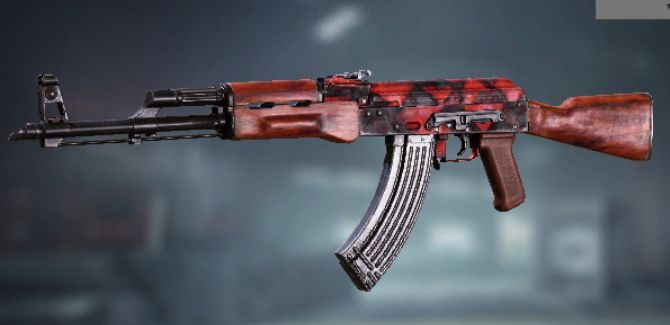 AK47 Skin: Red Triangle in Call of Duty Mobile.